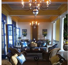 Jorge Elias Brasil Jorge Elias, Beautiful Interiors, Portugal, Designers, Chandelier, Rooms, Ceiling Lights, Spaces, Home Decor