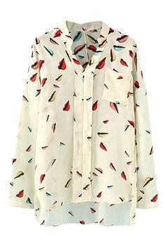 非対称の赤い唇のプリント ポケット シャツ