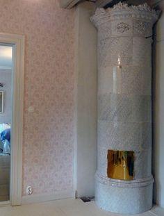 Hattulan Kaakelitehdas Oy - kaakeliuuni, kaakeliuunit, kakluuni, kakluunit Stoves, Candle Sconces, Restoration, Wall Lights, Candles, Lighting, Home Decor, Appliques, Decoration Home