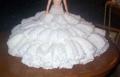 CRINOLINE WITH PANTIES FOR 15 inch FASHION DOLL - free crochet pattern