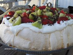 One of my favourite desserts !!! Was amused to see that it had already been pinned, by others, from my Blog :-)