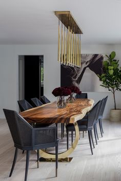 Modern organic dining room with custom live edge table by Abaca Interiors Wooden Dining Table Designs, Wood Table Design, Modern Dining Room Tables, Wooden Dining Tables, Dining Table Chairs, Dining Room Design, Large Dining Room Table, Kitchen And Dining Furniture, Wooden Dining Table Modern