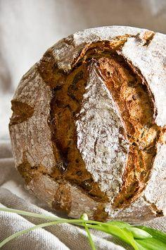 Leserwunsch: Bärlauchbrot – Plötzblog – Rezepte rund ums Backen von Brot, Brötchen, Kuchen & Co.