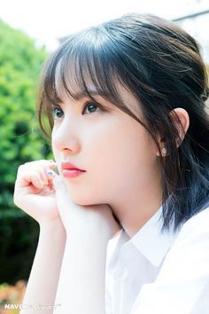 Short Hair Aesthetic Part 17 - Visit to See More - AsianGram Japanese Beauty, Korean Beauty, Asian Beauty, Kpop Girl Groups, Korean Girl Groups, Kpop Girls, Beautiful Asian Girls, Beautiful Women, Cute Girls