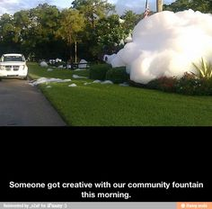 totally used to do this to the fountain at Niemens [ocean house, vinaka's] in carlsbad LOL