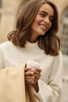 Lob Hairstyle, Cute Hairstyles, Hair Inspo, Hair Inspiration, Love Style Life, Louise Ebel, Look Office, Looks Cool, Hair Lengths
