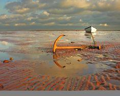 prince edward island / photo by Tourism PEI / Leona Arsenault Voyage Canada, East Coast Road Trip, Destinations, Atlantic Canada, Holiday Places, Kayak, Prince Edward Island, Anne Of Green Gables, Canada Travel