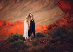 Outdoor portrait of twin sisters in the red rocks near Las Vegas. LJHolloway Photography is a Las Vegas Senior Photographer. Lisa Holloway, Christmas Photography, Outdoor Portraits, Cute Little Girls, Family Photographer, My Images, Portrait Photographers, Couple Photos, Fire