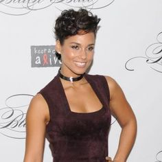 Alicia Keys | Alicia Keys sings for Egypt | Contactmusic.com