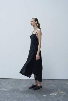 Y's by Yohji Yamamoto Ready To Wear Spring Summer 2016 - NOWFASHION
