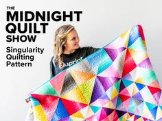 Show off your love of half-square triangles with this unique modern quilt. Singularity, by Jenn Nevitt, comes together perfectly. Pair your lights and darks, and work your way from the inside out! Longarm Quilting, Quilting Projects, Quilting Designs, Half Square Triangle Quilts, Square Quilt, Antique Quilts, Vintage Quilts, Midnight Quilt Show, Quilt Storage