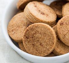 Crispy Cinnamon Cookies - Cook With Manali No Flour Cookies, Tea Cookies, Spice Cookies, Spice Cake, Cinnamon Biscuits, Cinnamon Cookies, Vegan Biscuits, Nutella Cookies, Cinnamon Spice