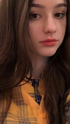 Anime Girl Cute, Cute Girl Photo, Cool Girl, Stunning Girls, Beautiful Girl Image, Teen Girl Poses, Foto Casual, Stylish Girl Images, Selfie Poses