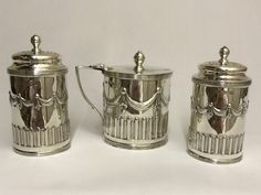 OnlineGalleries.com - A VERY PRETTY VICTORIAN SILVER CONDIMENT SET 1893/4