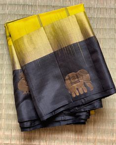 **Booked** ✨ Diwali Collection✨ A Mustard yellowish Green body with Checkers All Over and Black Pallu woven with Gold Zari and Black… Gold Silk Saree, Indian Silk Sarees, Soft Silk Sarees, Cotton Saree, Silk Saree Blouse Designs, Saree Blouse Patterns, Designer Blouse Patterns, Trendy Sarees, Stylish Sarees