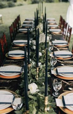 Dramatic Forest Wedding in Oregon Photographed by Christy Cassano-Meyers - Winter wedding - Winter Winter Wedding Receptions, Wedding Reception Centerpieces, Wedding Table Settings, Wedding Themes, Wedding Colors, Wedding Hacks, Wedding Ideas, Reception Ideas, Winter Weddings