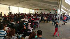 Renta de Pantalla Da-Lite en front con Videoproyector Sanyo de 4500 lúmenes