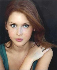 Renee Olstead.    Yes, the girl from 'The Secret Life of An American Teenager' is also a talented jazz singer!