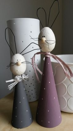 Bei Kreativ Durcheinander dreht sich diesmal alles ums Ei :-) Na ja, . - autour du tissu déco enfant paques bébé déco mariage diy et crochet Happy Easter, Easter Bunny, Easter Eggs, Spring Crafts, Holiday Crafts, Diy And Crafts, Crafts For Kids, Easter Holidays, Egg Decorating