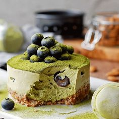 """MATCHA """"CHEESE""""CAKE by @datesandavocados   Recipe: Ingredients: FOR THE CRUST (yields two 4-inch round molds): · ½ cup almonds · 1 tsp cashew butter · 1 tsp coconut sugar · 1 tsp maple syrup · 1 tsp coconut oil · Pinch of salt . FOR THE FILLING: 2 cup cashews, soaked ½ cup almond milk 4 tsp lemon juice ¼ tsp vanilla extract 1 Tbsp maple syrup 2 tsp coconut sugar 2 + ½  tsp matcha tea 2 Tbsp coconut oil, liquid Pinch of salt ¼ cup fresh blueberries . INSTRUCTIONS: 1. In a food processor…"""