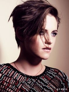 Exclusive: What It's Like to Get Ready with Kristen Stewart via @byrdiebeauty