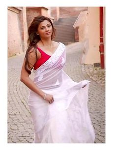 Looking for Daisy Shah Bollywood Fancy Offwhite Georgette Sari Buy it at from Rediff Shopping today! Cash on delivery available(COD) for Daisy Shah Bollywood Fancy Offwhite Georgette Sari 573 & other Apparels, Accessories. Bollywood Designer Sarees, Bollywood Saree, Bollywood Fashion, Designer Sarees Collection, Saree Collection, Daisy Shah, White Saree, Indian People, Latest Sarees