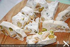 Weißer Nougat, ein raffiniertes Rezept aus der Kategorie Frankreich. Bewertungen: 13. Durchschnitt: Ø 4,6.