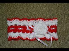 Повязка на голову для девочки выполнена в двух цветах: ярко-красном и белом, украшена цветочком и атласной лентой. Для вязании повязки использовалась пряжа 2...