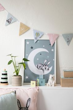 DIY : Make a decorative pennant. Decorate the kids room with a homemade DIY garland by Søstrene Grene