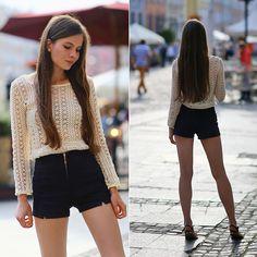 Ariadna M. - The crotchet sweater