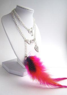 Collier longue plume rose et petite plume en métal : Collier par mix-mania