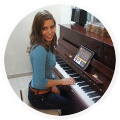Learn how to play the piano....well, sort of!!