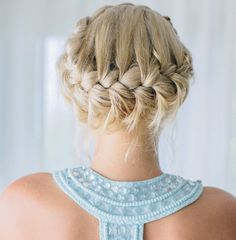 19 Gorgeous Hairstyles For Your #Wedding Day. To see more: http://www.modwedding.com/2013/12/26/19-gorgeous-wedding-hairstyles/