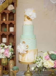 Mint and Gold Wedding Cake | Beach Glam Decor and Details - Aqua Mint and Luxe Gold