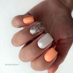 Semi-permanent varnish, false nails, patches: which manicure to choose? - My Nails Get Nails, Pink Nails, Hair And Nails, Orange Nails, Stylish Nails, Trendy Nails, Nail Manicure, Nail Polish, Nagellack Design