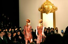 itsfuntobehappy #FASHION #EVENT Moschino catwalk