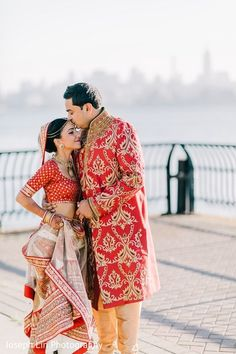 First Look http://www.maharaniweddings.com/gallery/photo/70844