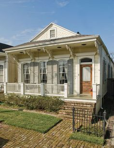 New Exterior House Shutters New Orleans 42 Ideas New Orleans Architecture, Southern Architecture, Cottage Exterior, Exterior House Colors, Porches, Shotgun House Plans, Creole Cottage, House Shutters, New Orleans Homes