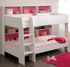 lits superposés, encadrement blanc, petites étagères roses