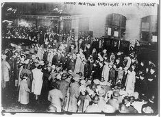 Crowd awaiting survivors from The Titanic