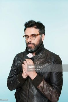 Leather and flower. Jemaine in contrast.
