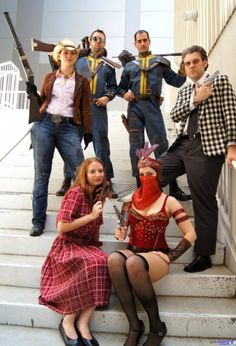 Fallout New Vegas cosplayers