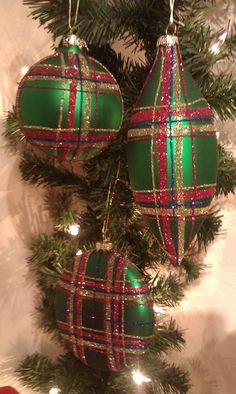 Plaid Ornaments ~ 3 styles