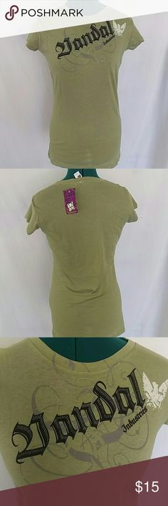 Green Vandal graphic tee Green Vandal graphic tee. Great condition. Nwt. Size large. Vandal Tops Tees - Short Sleeve