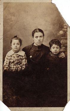 Lost or Found: Possible surnames: Vacca, Amedio, Di Paolo, Giannini, Centracchio, Iannotta ?