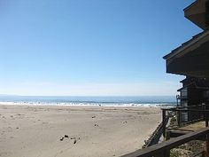 Stunning Oceanfront Condo, unobstructed view, relax elegant, wheelchair access
