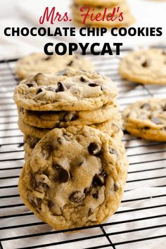 This copycat recipe for Mrs. Field's Chocolate Chip Cookies is easy to make. These large cookies are crisp on the edges and have a chewy center. #chocolatechip #mrsfields #copycatrecipe #copycat #cookies #baking #foodporn #yummy #dessert #bestcookierecipe #easycookie Easy Cookie Recipes, Vegan Recipes Easy, Easy Desserts, Baking Recipes, Delicious Desserts, Dessert Recipes, Bar Recipes, Copycat Recipes, Dinner Recipes