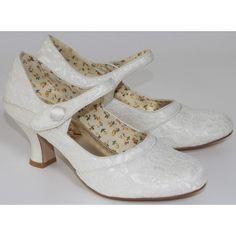 Perfect Esta Ivory Lace Vintage Wedding Shoes