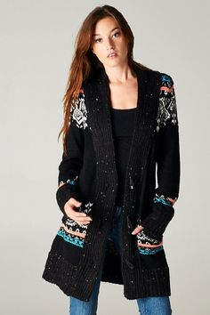 Brianna Knit Cardigan from Catch Bliss Boutique is a fall fashion staple. Wear anywhere sweater.