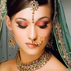 Best Wedding Makeup Looks and Cosmetic 2013
